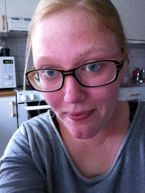 Jag tvingade Ida att ta en selfie utan att dumma sig...!:) Hoppas det är okey Ida?:)