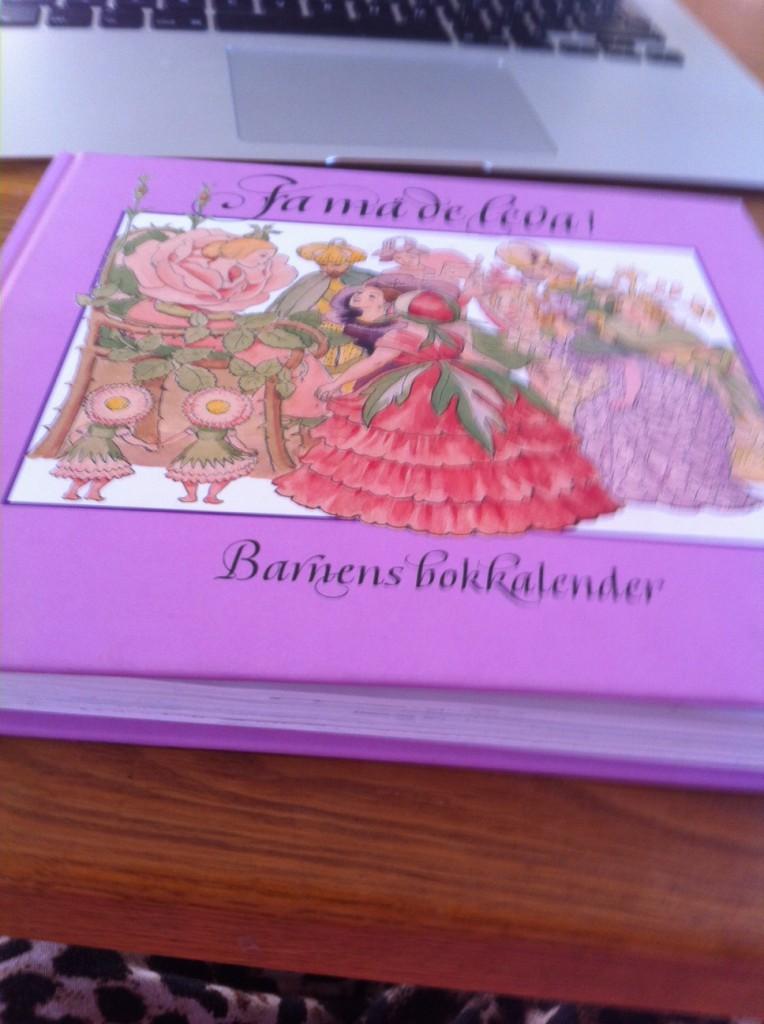 Jag fick denna här almanacka av mormor.
