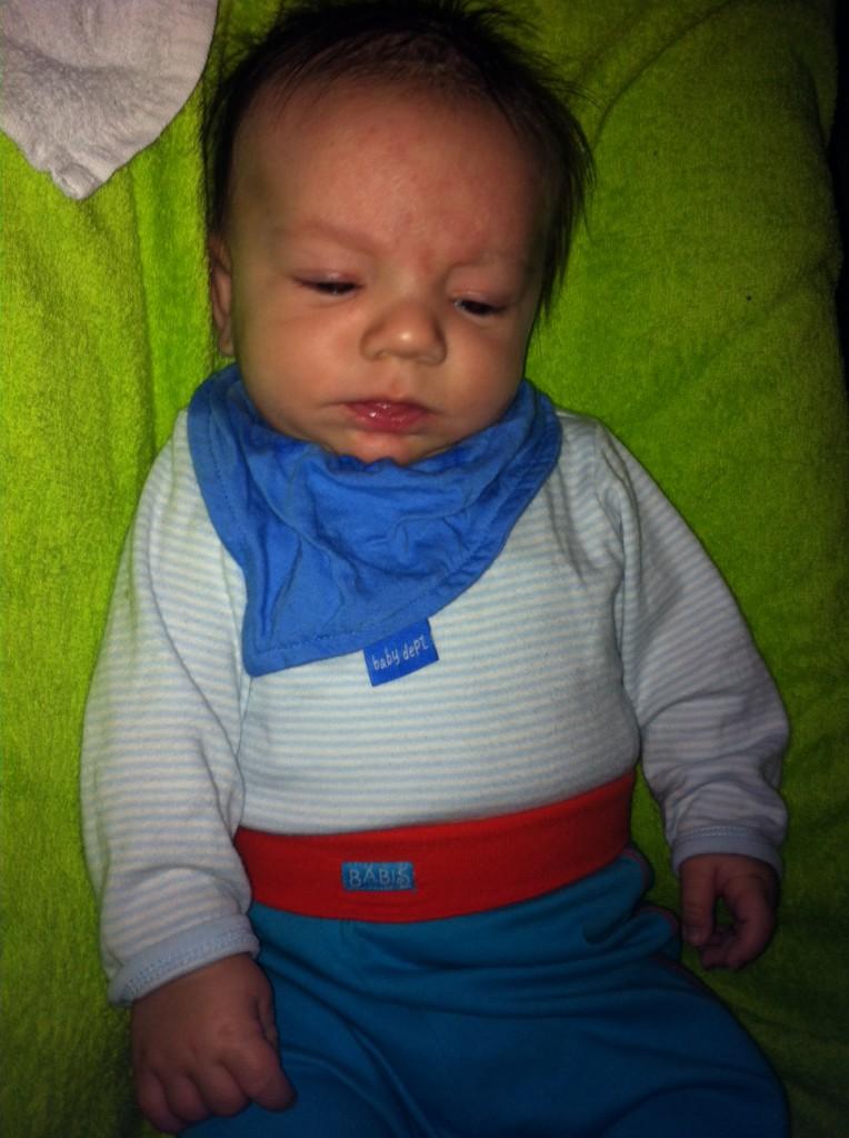 Är vaken fast jag tog när min bror tittade neråt :-)