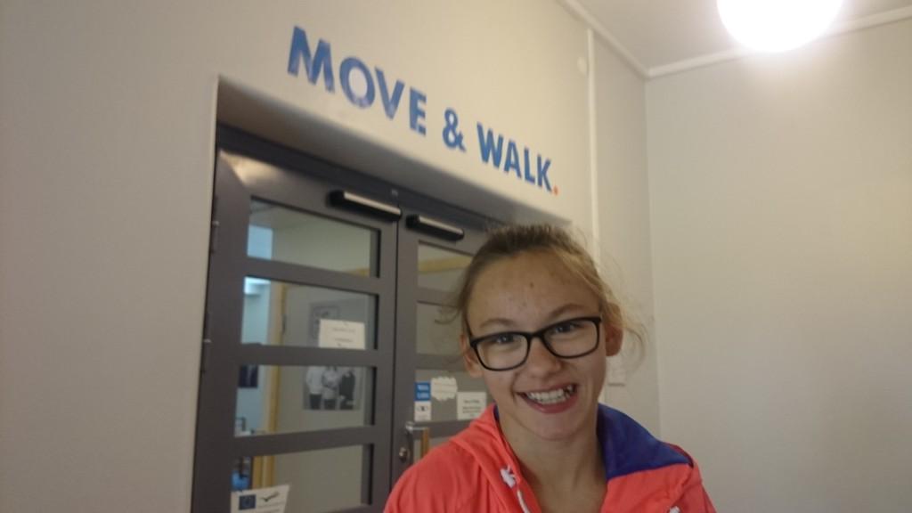 move & walk