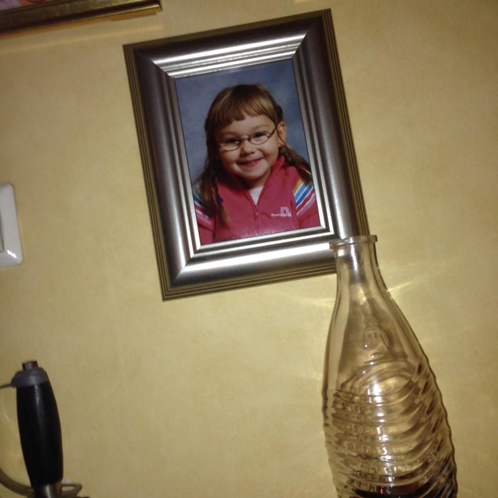 Jag!<3 Hänger alltid på väggen hos mormor & morfar! <3
