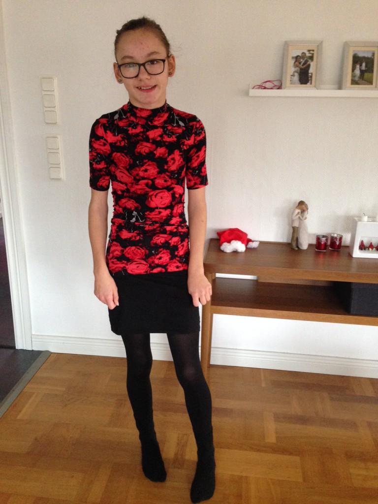 Julafton hos pappa. Klädesplagget jag visade i videon. Polokrage, har aldrig haft det, det var rätt skönt! :)