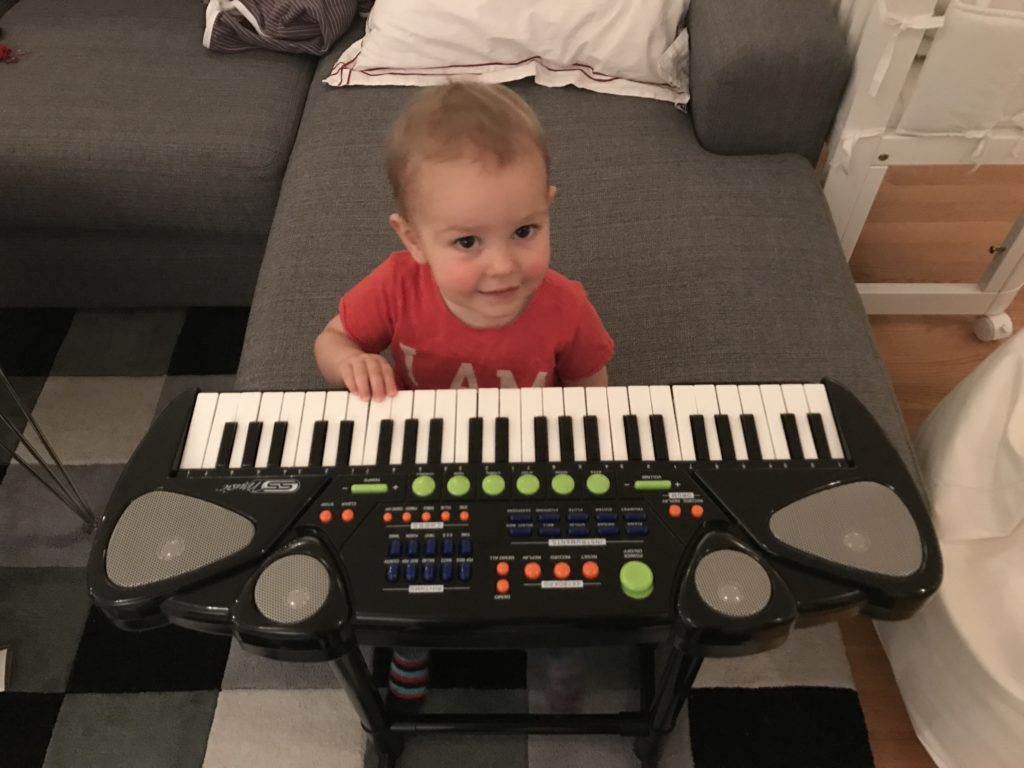 Lancen fick en keyboard.